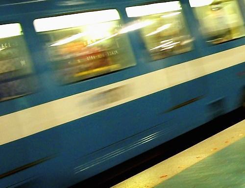 노량진역, 20대 남성 사진 찍으러 열차 올라갔다가…감전사고 발생