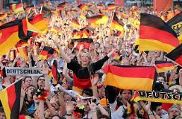 .让世界杯成为全民狂欢的借口.