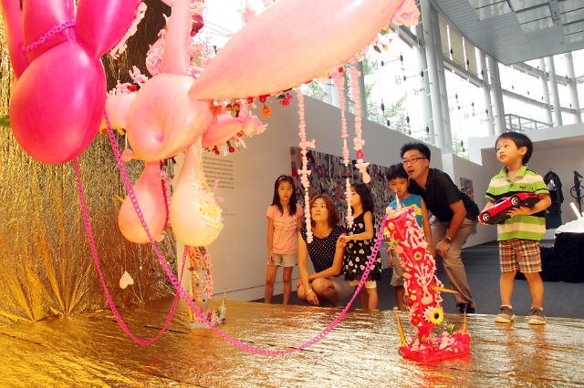 코오롱, 미술에 산업소재 입히다…여름문화축제 개최