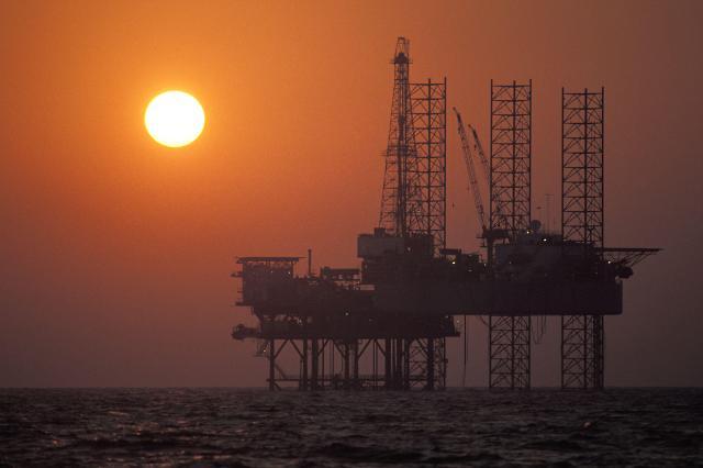 OPEC, 유가 급락 책임 미국ㆍ러시아에 돌리나?