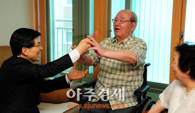"""황교안 총리 """"참전용사들의 희생·헌신으로 대한민국 만들었다"""""""