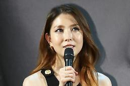 .K-pop diva BoA will hold solo concert in August to mark 15th anniversary of debut.