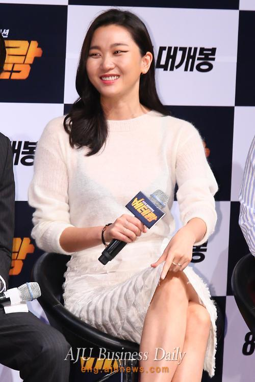 See-through clothes worn by model and actress Jang Yoon-ju