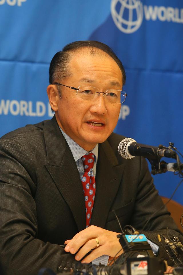 중국 AIIB와 신경전 세계은행, 김용 총재 中 방문