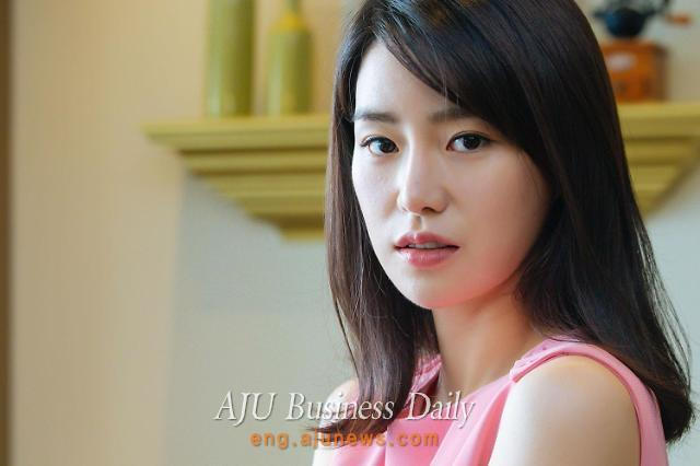 Actress Lim Ji-yeon co-stars in SBS TV drama Upper Society