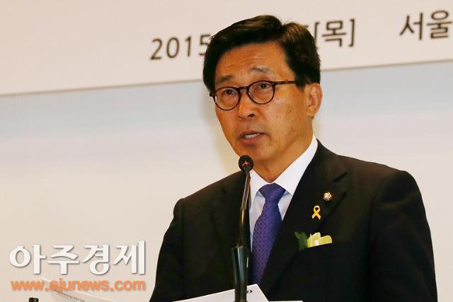 """[2015국감]김춘진 보건복지위원장 """"제2백수오방지 대책 마련"""" 주문"""