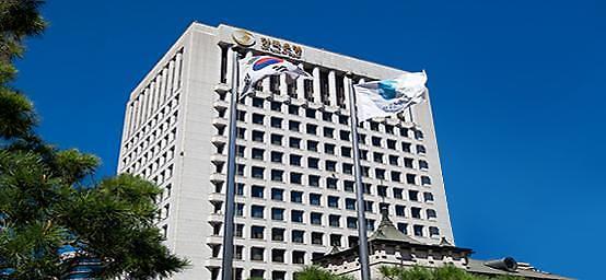 Bank of Korea wary of worsening household balance sheet