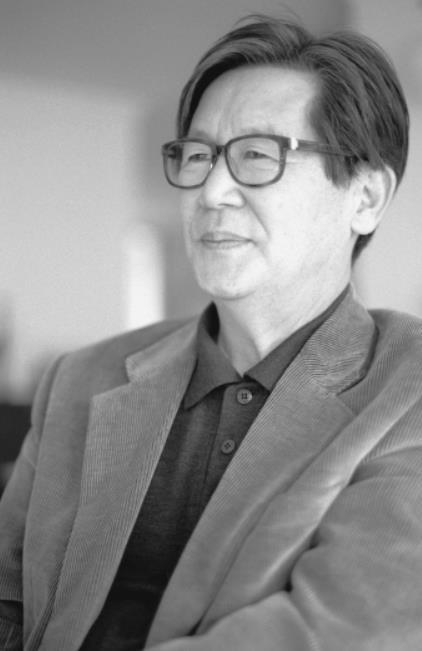 """신영복 교수 타계, 희귀 피부암으로 향년 75세… """"이젠 마음으로만 담아두렵니다"""""""