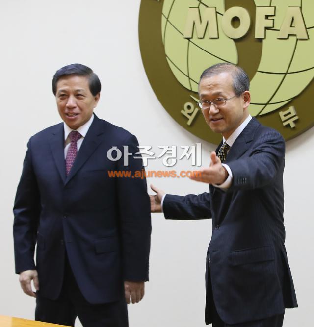 한중 전략대화, 북한제재·사드는 평행선…안보리 결의는 의견 접근