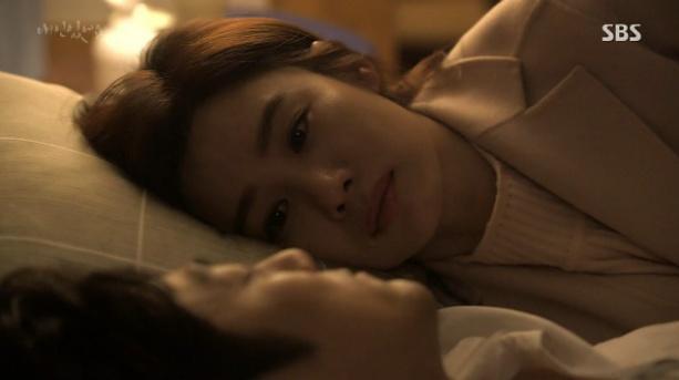 [주말드라마] 애인있어요 48회 김현주, 술 취해 잠든 지진희 옆에 누워 눈물 글썽