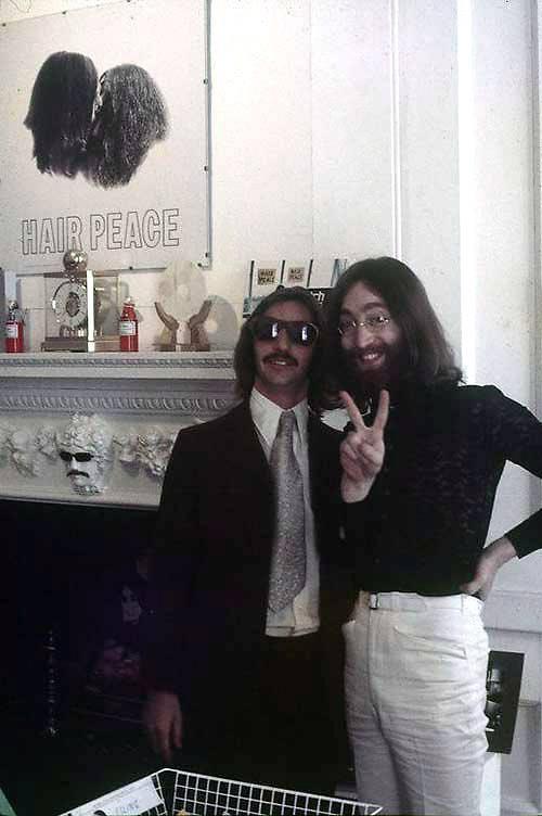 존 레논 머리카락 10cm, 경매서 4300만원에 팔려