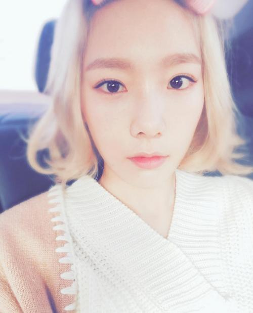 Taeyeon expresses frustration over Sasaeng fans late night calls