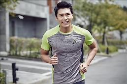 .衣服也智能 韩国科技时装走红市场.