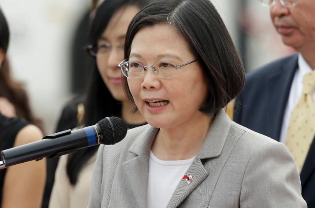 """중국 관영언론, """"대만 미사일과 입 단속 제대로 하라"""""""