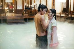 .李准基IU韩版《步步惊心》在华反响热烈 播出两天点击量接近3亿次.