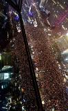 .[UPDATES] Huge candle-lit rally in Seoul urges President Parks resignation and arrest.