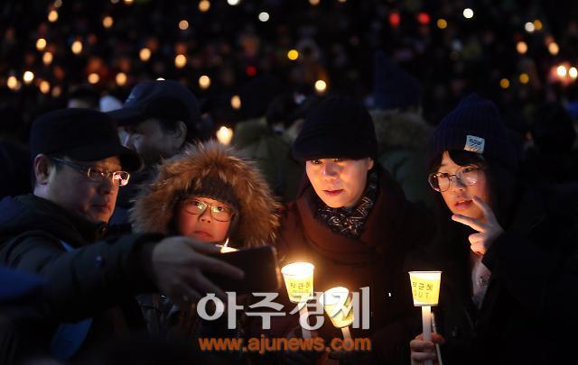 '포스트 탄핵' 개헌, 새판 짜기 가속화…요동치는 대권구도