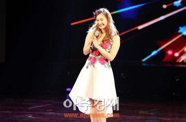 <산동성은 지금>가수 유지인, 중국 옌타이서 열린 '한중우호음악회'서 큰 호응 얻어