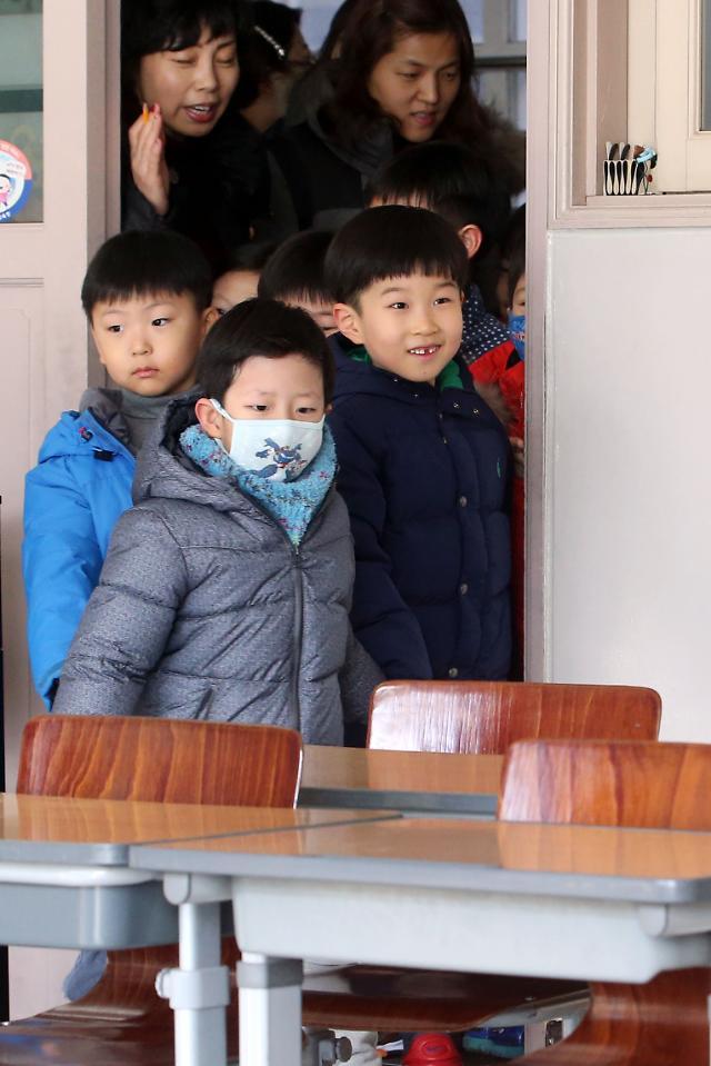 """초등학교 교단 갈수록 여초현상 심해져...""""女초등교사 87%"""""""