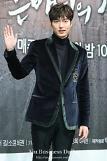.Actor Lee Min-ho denies enlistment rumors.