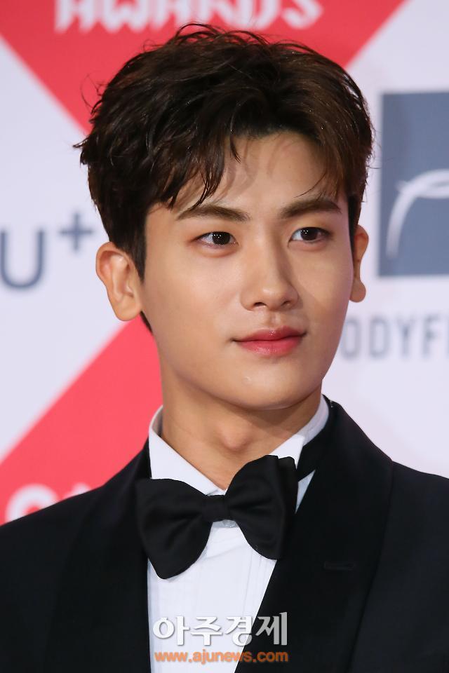 """키이스트 측 """"박형식 영입? 미팅한 적도 없다"""""""