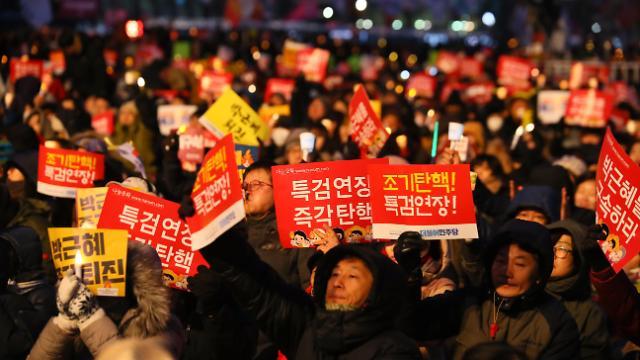 [기획-촛불혁명을 완성하라]<상>촛불시민혁명, 대한민국 대개조 좌표 제시해야