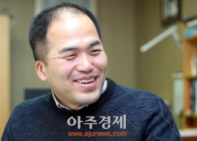 """[아주초대석]박정록 더테크빌 대표 """"마이크로 페이먼트 활성화돼야 현금없는 사회"""""""