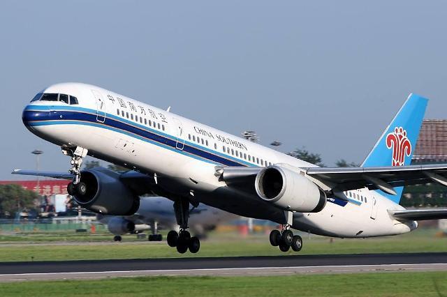 위안화 절하에 중국 3대 항공사 환손실 급증, 그래도 실적은 양호