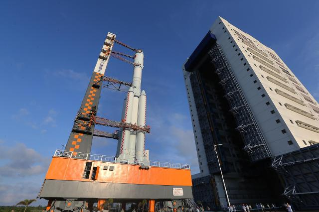 [영상중국] 우주굴기 중국…첫 화물우주선 톈저우 1호 20~24일 발사
