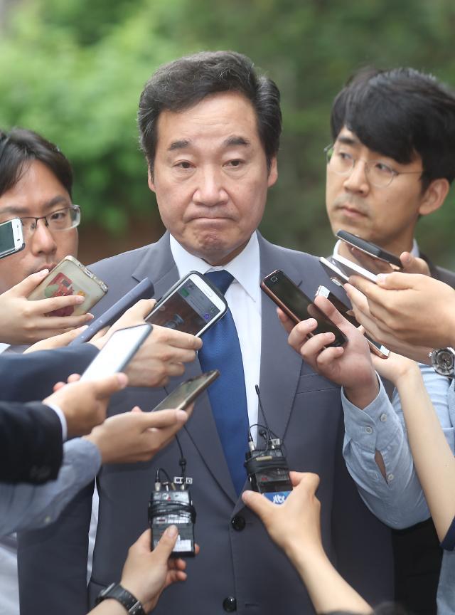 """이낙연 """"천안함 침몰 배후, 북한이라는 정부 발표 신뢰"""""""