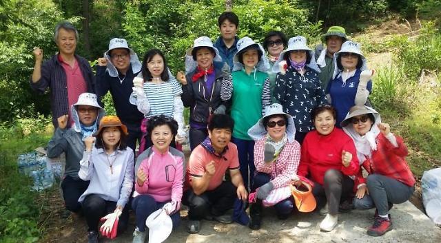 {포토} 인추협, 농촌 일손돕기 봉사 활동