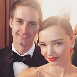 .Miranda Kerr weds her beau, Snapchat CEO Evan Spiegel.