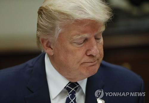 트럼프케어 무산..·불붙은 탄핵론에 진퇴양난