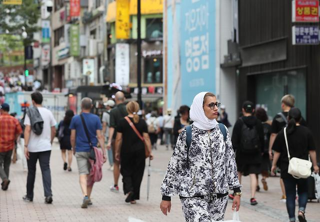 S. Koreas tourism industry predicted to post record deficit this year