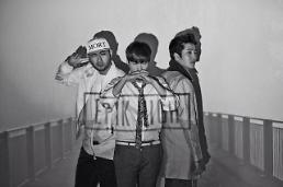 .Epik High时隔3年携新辑回归 IU参与伴唱.