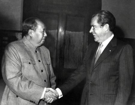 닉슨이 물꼬 튼지 45년··· 협력·견제로 상호공존 틀 확립