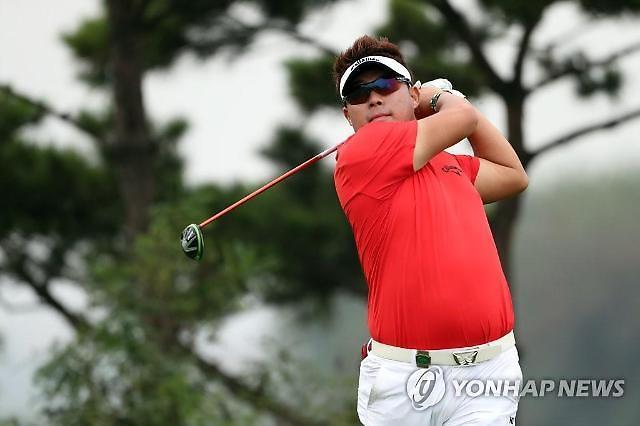 '뜨거운 불곰' 이승택, 카이도 투어 챔피언십 2R 단독 선두