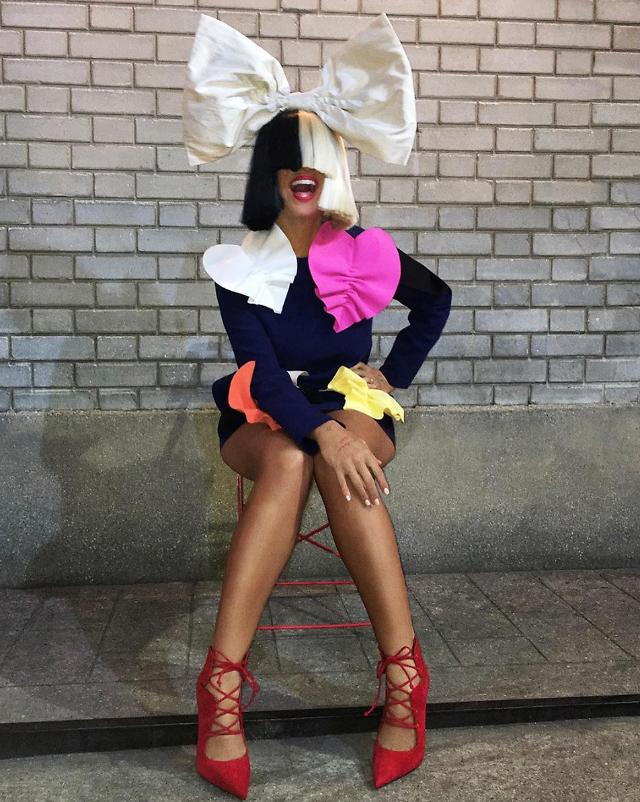Sia Posts Nude Photo Of Herself Before Paparazzi Could Sell It