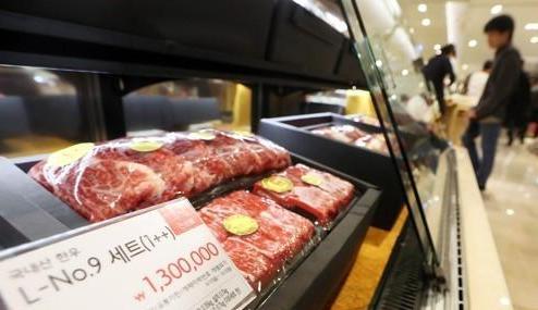 """《金英兰法》或将收礼额上调至10万韩元 韩牛商家仍""""笑不出来"""""""