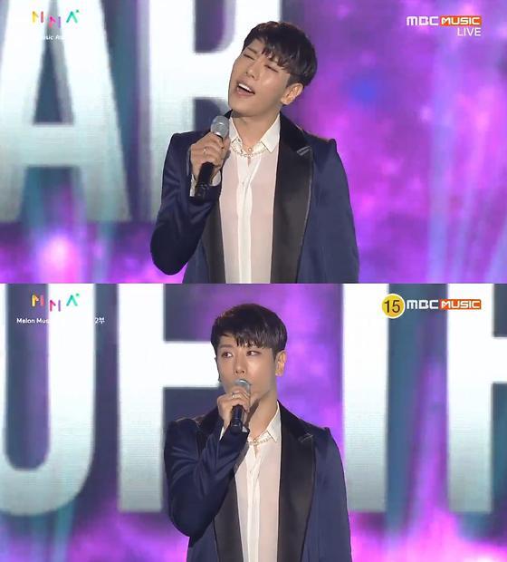 [2017 멜론뮤직어워드] 박효신, Stage of the year 수상…깜짝 라이브도 선물