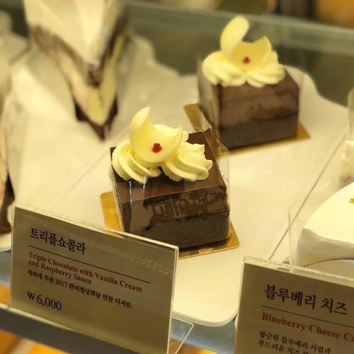 """韩美首脑会谈不只有独岛虾! """"特朗普同款""""蛋糕人气火爆遭疯抢"""