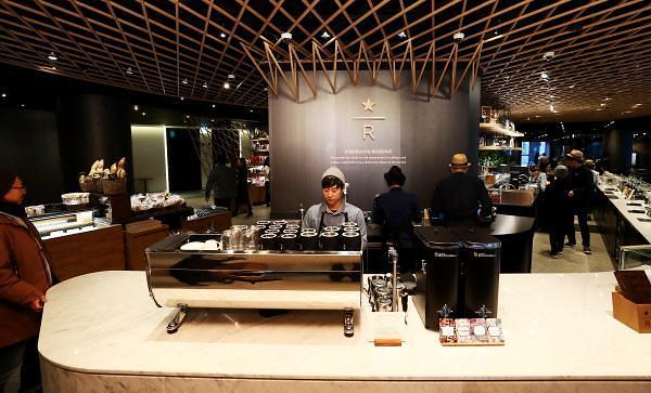 """去年销售额突破千亿韩元 星巴克稳坐韩国咖啡连锁店""""一哥""""宝座"""