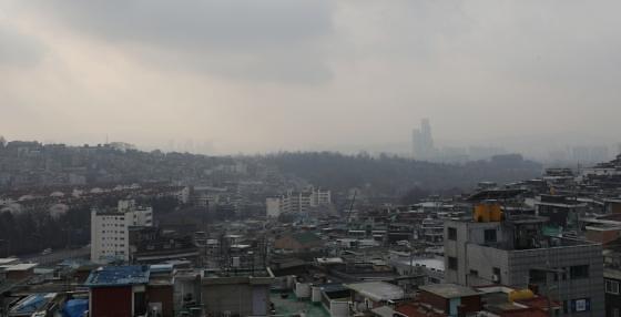 韩国雾霾袭城 矛头再指中国