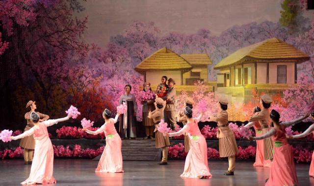 朝鲜派大规模艺术团来韩演出 民谣及世界名曲奏响首尔平昌