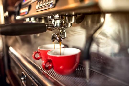喝太多真不行!韩国将全面禁止在中小学出售咖啡