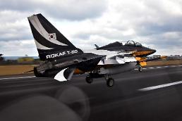 .S. Korean plane overruns runway during air show in Singapore: Yonhap.