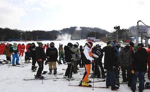 中国游客申请韩国团体旅游签证数量大增