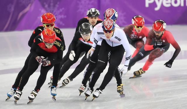中国队男子5000米接力收获银牌