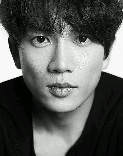 池晟确定出演tvN爱情奇幻剧《认识的妻子》