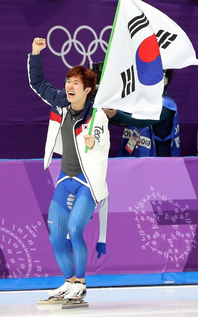 冬奥速滑男子1000米 韩国金太润摘铜